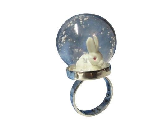 Snow globe ring sterling silver with white rabbit - Romantic Eccentric